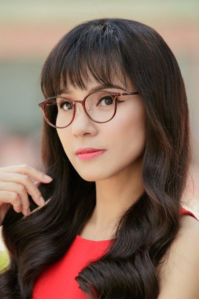 Đời thường trẻ trung tuổi 49 của diễn viên Việt Trinh - Ảnh 20.