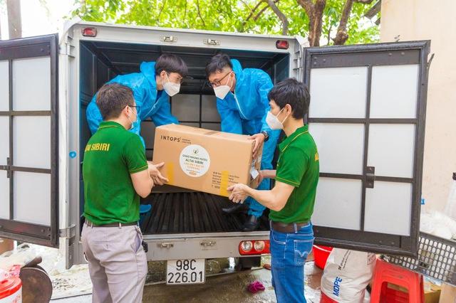 7500 suất cháo nhung hươu tặng y bác sĩ chống dịch tại Bắc Giang - Ảnh 3.