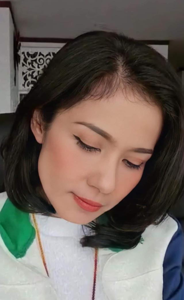 Đời thường trẻ trung tuổi 49 của diễn viên Việt Trinh - Ảnh 4.
