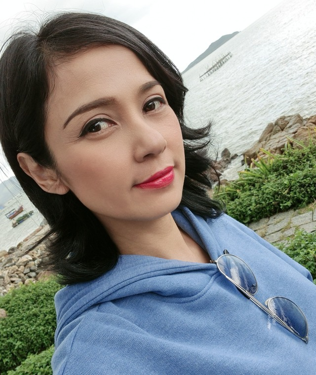 Đời thường trẻ trung tuổi 49 của diễn viên Việt Trinh - Ảnh 8.