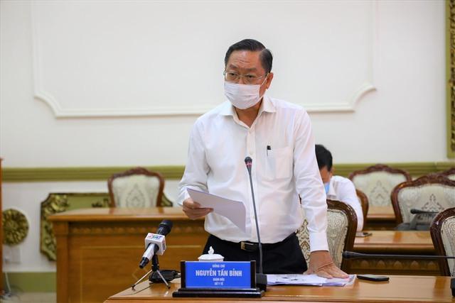 Đề xuất tiếp tục giãn cách xã hội toàn TP Hồ Chí Minh - Ảnh 2.