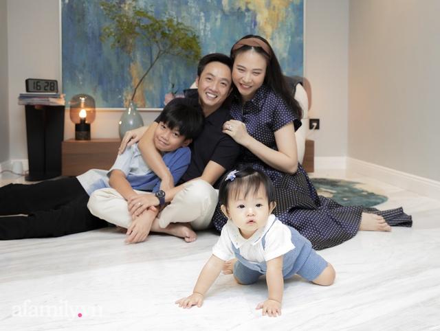 Đàm Thu Trang: Lần đầu nói về chuyện làm mẹ sau gần 2 năm kết hôn với doanh nhân Nguyễn Quốc Cường, tiết lộ tính cách của con trai Subeo - Ảnh 2.
