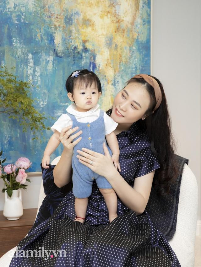 Đàm Thu Trang: Lần đầu nói về chuyện làm mẹ sau gần 2 năm kết hôn với doanh nhân Nguyễn Quốc Cường, tiết lộ tính cách của con trai Subeo - Ảnh 3.