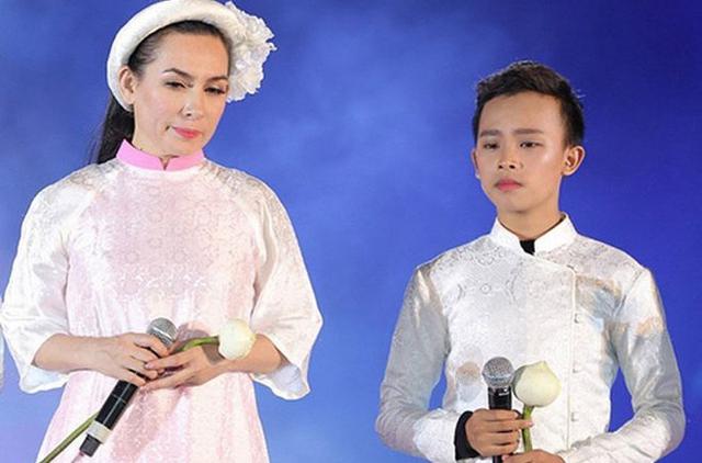 Hồ Văn Cường có gì trong tay sau 5 năm làm con nuôi, thường xuyên đi diễn cùng Phi Nhung? - Ảnh 4.