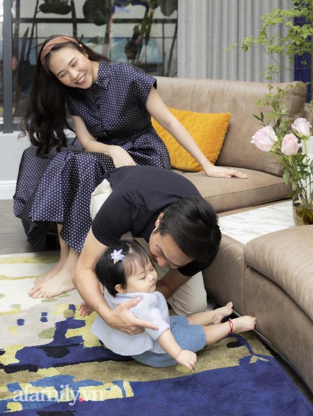 Đàm Thu Trang: Lần đầu nói về chuyện làm mẹ sau gần 2 năm kết hôn với doanh nhân Nguyễn Quốc Cường, tiết lộ tính cách của con trai Subeo - Ảnh 4.