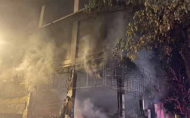 Thông tin mới về vụ cháy phòng trà TP Vinh khiến 6 người tử vong - Ảnh 2.