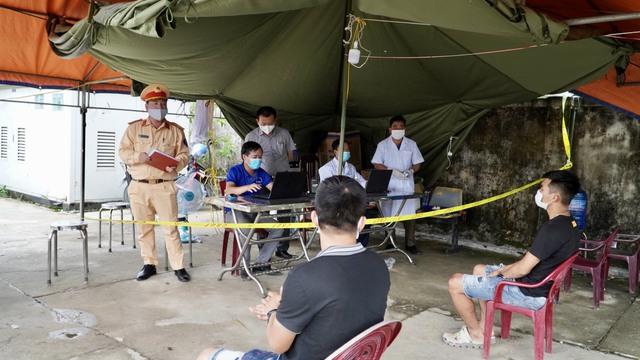 Quảng Bình thực hiện nhiều biện pháp ngăn chặn dịch xâm nhập - Ảnh 2.