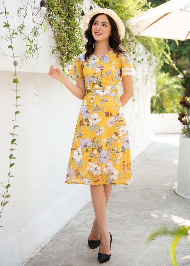 3 kiểu váy nổi nhất hè 2021, dù dịch dã nhưng nàng công sở nhất định phải sắm cho trẻ và xinh - Ảnh 2.