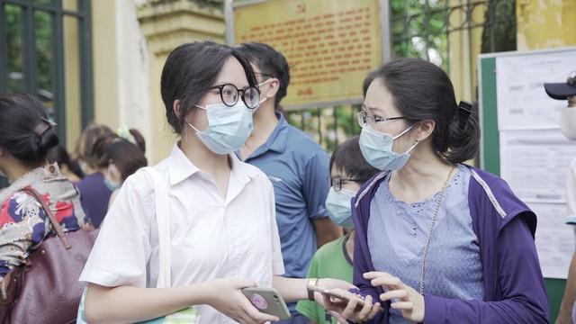 Cơ hội nào cho học sinh Hà Nội nếu trượt lớp 10 công lập? - Ảnh 2.