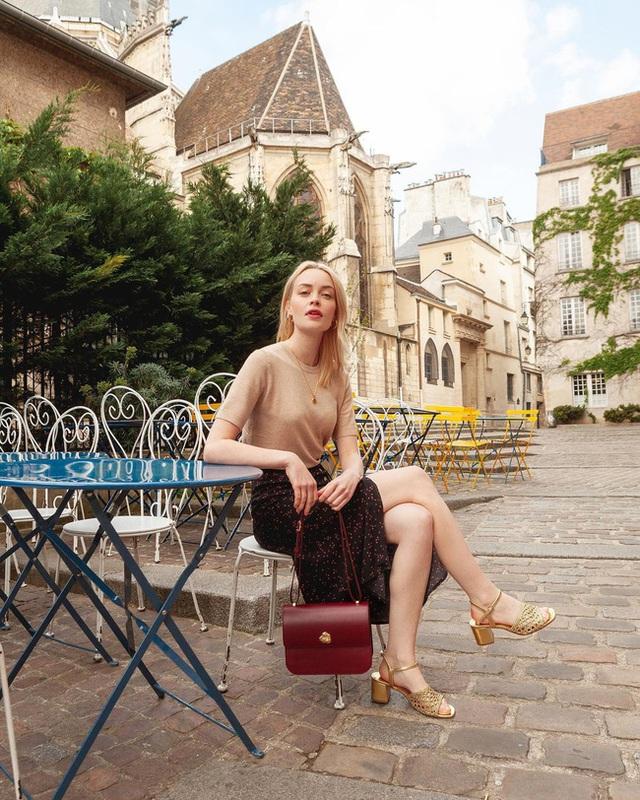 Bí quyết mix chân váy dài hack dáng của phụ nữ Pháp khiến nàng công sở Việt mê mẩn - Ảnh 10.