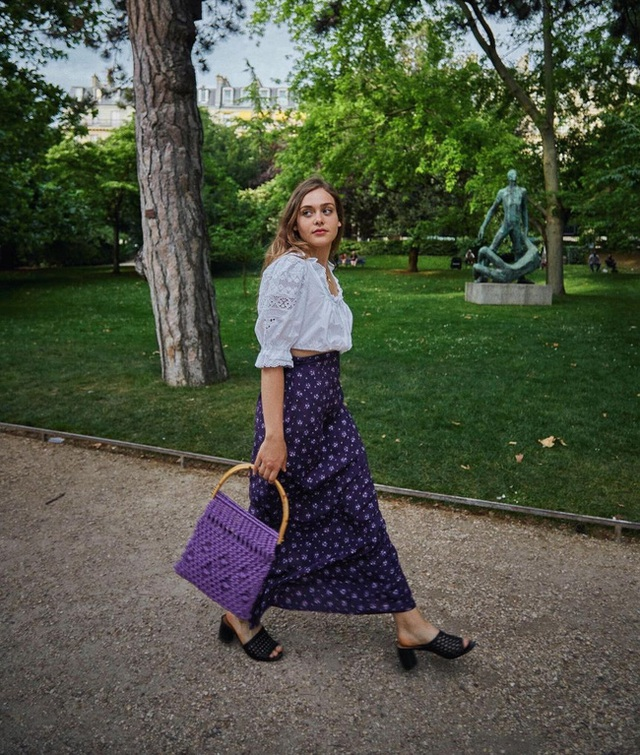 Bí quyết mix chân váy dài hack dáng của phụ nữ Pháp khiến nàng công sở Việt mê mẩn - Ảnh 12.