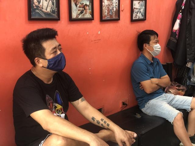 Hà Nội: Quán cà phê, ăn sáng hồ hởi đón khách sau chuỗi ngày tạm đóng cửa - Ảnh 8.