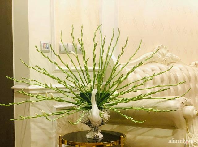 Mẹ đảm Hà Nội hướng dẫn 3 bước cắm hoa dơn hình công, cứ tưởng khó mà công thức đơn giản ai cũng làm được - Ảnh 9.