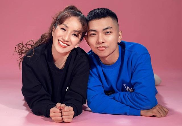 Khánh Thi tự nhận vợ già, hé lộ hôn nhân với chồng kém 11 tuổi - Ảnh 5.
