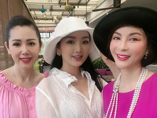 Nhan sắc á hậu Vi Thị Đông tuổi 46 - Ảnh 7.