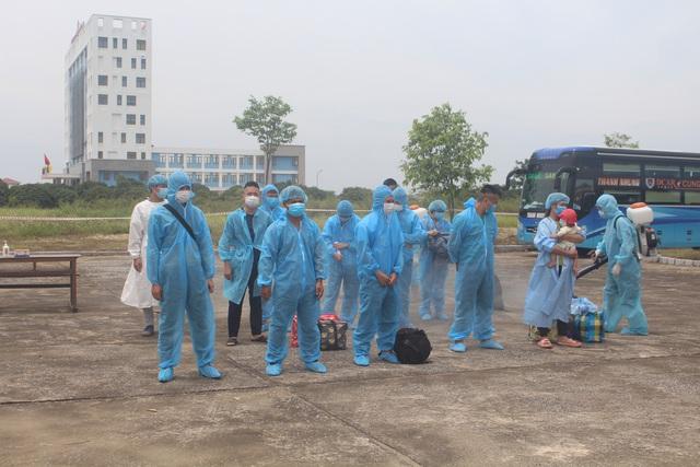 Thanh Hóa tiếp nhận 422 công dân từ Bắc Giang trở về địa phương - Ảnh 3.