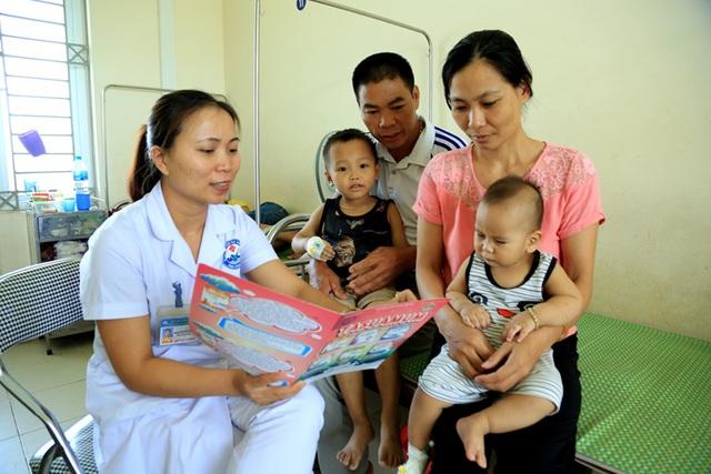 Bộ Y tế ban hành Kế hoạch hành động quốc gia về chăm sóc sức khoẻ sinh sản, tập trung vào chăm sóc sức khỏe bà mẹ, trẻ sơ sinh và trẻ nhỏ giai đoạn 2021-2025 - Ảnh 2.
