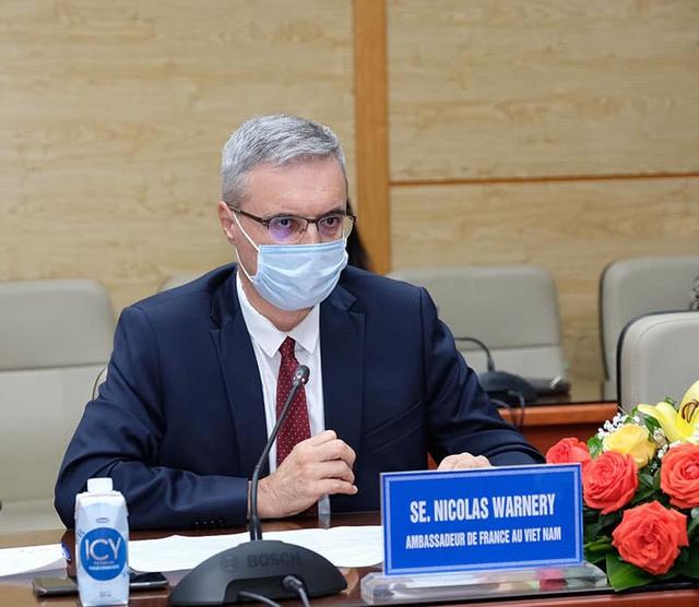 Bộ trưởng Bộ Y tế mong muốn Australia, Pháp và Úc hỗ trợ Việt Nam tiếp cận nhiều hơn với vaccine COVID-19  - Ảnh 5.
