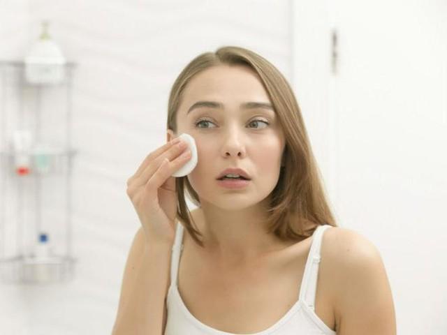 6 sai lầm khi rửa mặt khiến da bạn xấu đi mỗi ngày - Ảnh 6.