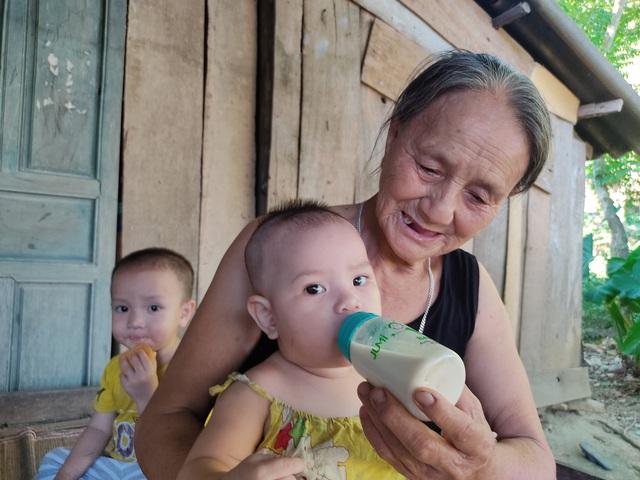 4 đứa nhỏ nheo nhóc cầu xin sự sống cho người mẹ mắc bệnh hiểm nghèo - Ảnh 4.