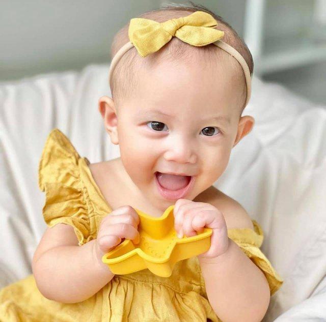 Cặp song sinh nhà Kim Lý – Hồ Ngọc Hà mới 8 tháng tuổi đã... kiếm được tiền - Ảnh 3.