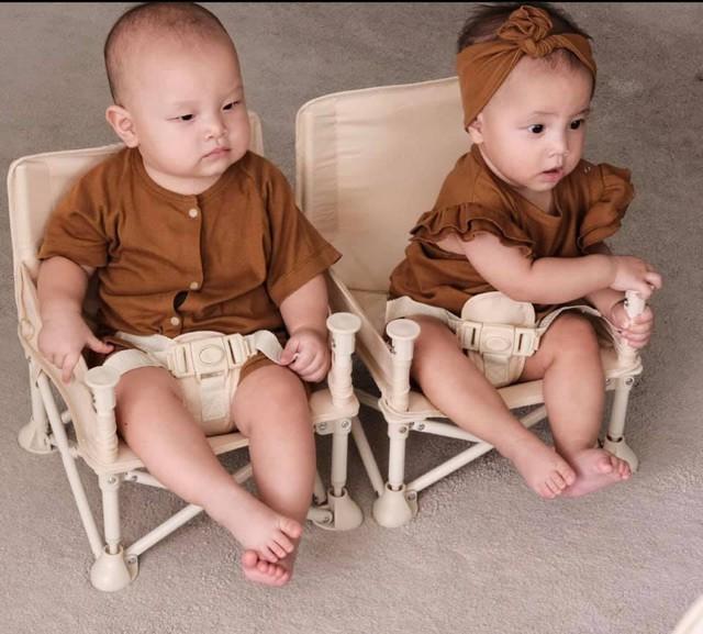 Cặp song sinh nhà Kim Lý – Hồ Ngọc Hà mới 8 tháng tuổi đã... kiếm được tiền - Ảnh 2.