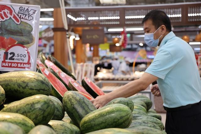 Hà Nội: Xây dựng luồng xanh hàng hóa từ vùng sản xuất đến tay người tiêu dùng, bảo đảm không ách tắc - Ảnh 3.