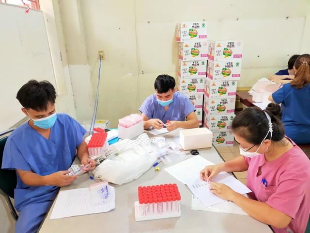 TIN VUI: Hơn 1.700 bệnh nhân Bệnh viện dã chiến số 1 TP.HCM được ra viện - Ảnh 2.