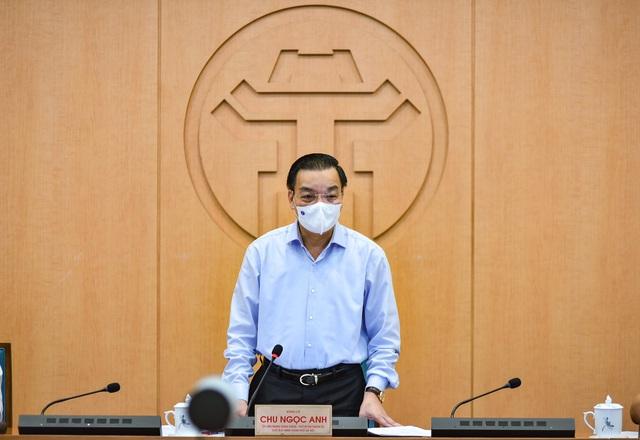 Chủ tịch UBND TP Nội: Phải xây dựng kịch bản tiêm vaccine theo đúng quy trình an toàn của Bộ Y tế - Ảnh 2.