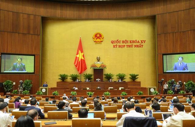 Đại biểu đề nghị Quốc hội ban hành Nghị quyết phòng, chống COVID-19 - Ảnh 2.
