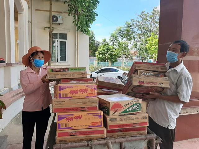 Những chuyến hàng nghĩa tình của người dân xứ Thanh chuẩn bị vận chuyển vào TP Hồ Chí Minh - Ảnh 3.