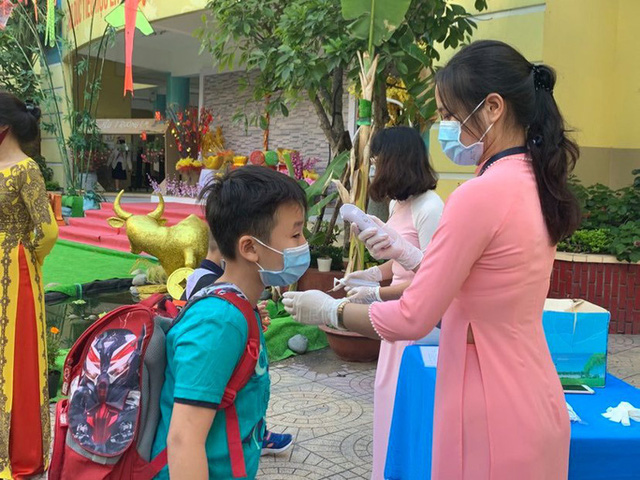 TP HCM: Lùi lịch tuyển sinh đầu cấp, ngày 16/8 khảo sát vào lớp 6 Trường chuyên Trần Đại Nghĩa  - Ảnh 2.