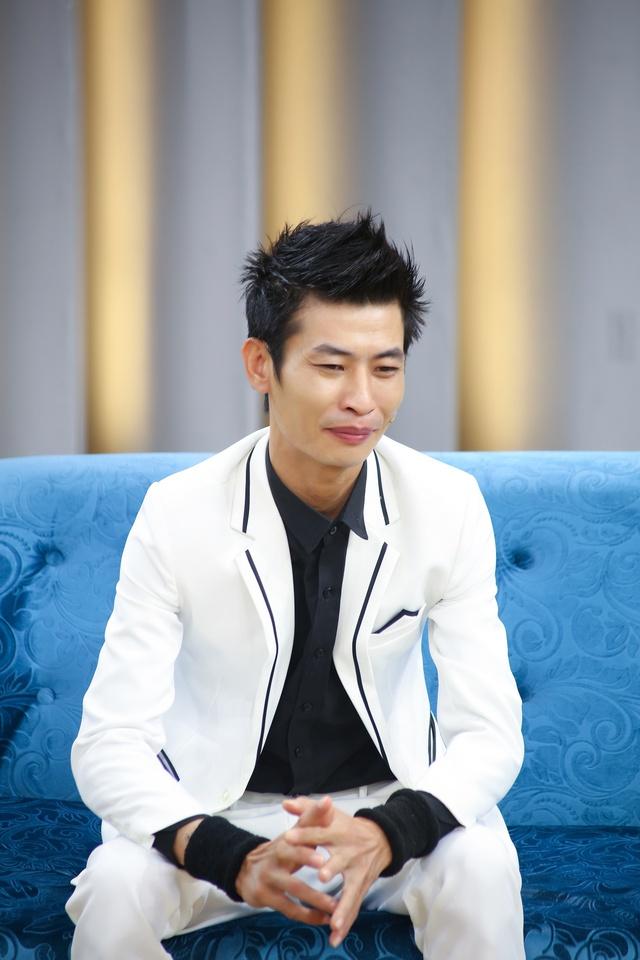Ốc Thanh Vân xúc động khi nghệ sĩ xiếc tuyên bố giải nghệ vì vợ sắp cưới - Ảnh 2.