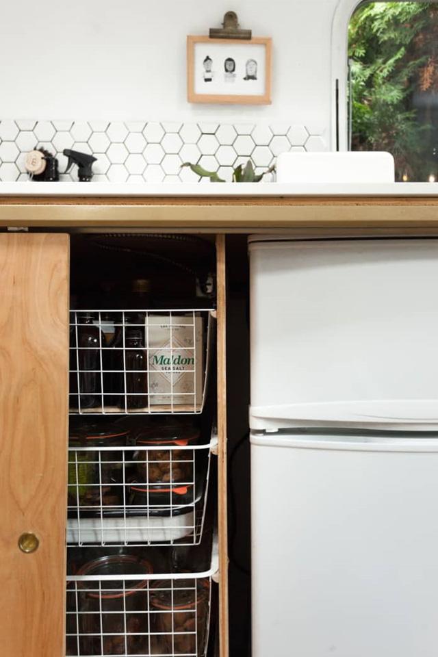 16 ý tưởng tổ chức, lưu trữ bếp tốt nhất mọi thời đại mà bạn không nên bỏ qua - Ảnh 9.