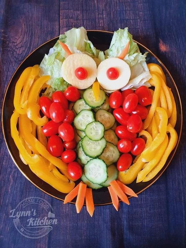 Mẹ Việt ở Ba Lan trổ tài vẽ tranh bằng thực phẩm, đẹp không nỡ ăn - Ảnh 9.