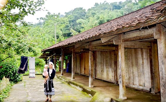 Phú Thọ nâng cao hơn nữa chất lượng dân số tại vùng đồng bào dân tộc thiểu số - Ảnh 2.