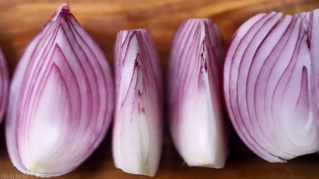 6 ماده غذایی که باید در فصل اپیدمی زیاد بخورید برای تقویت ایمنی ، آنتی اکسیدان ها و محافظت از رگ های خونی - عکس 4.