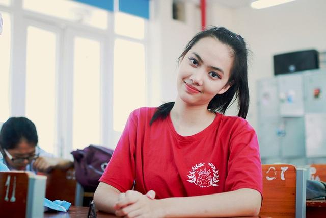 Nữ sinh vạn người mê, cao 1m72 có điểm thi khối D cao nhất TP Hải Phòng  - Ảnh 2.