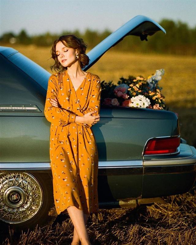 4 tips mặc đẹp tôn dáng từ cô nàng người Nga cao 1m50: Chỉ cần vài món chủ chốt là đủ cân hết các style - Ảnh 12.