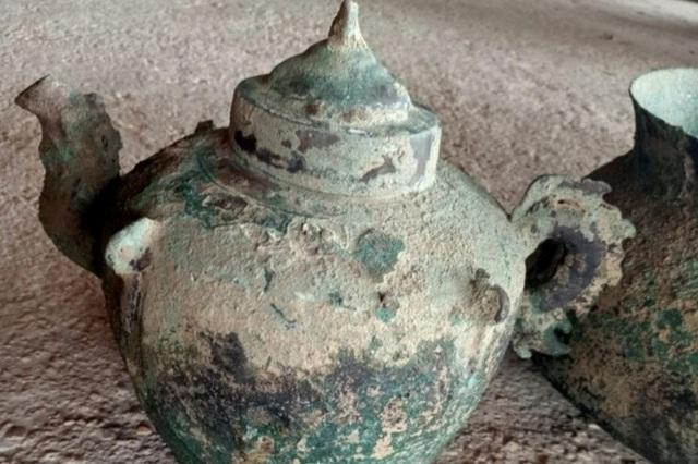 یک اثر 600 ساله در باغ است - عکس 2.