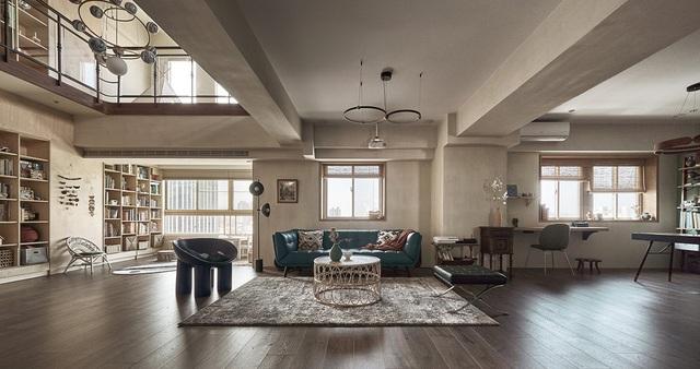 Ông bố KTS cải tạo căn hộ rộng thoáng để giúp 3 con thỏa sức vui chơi trong nhà - Ảnh 1.