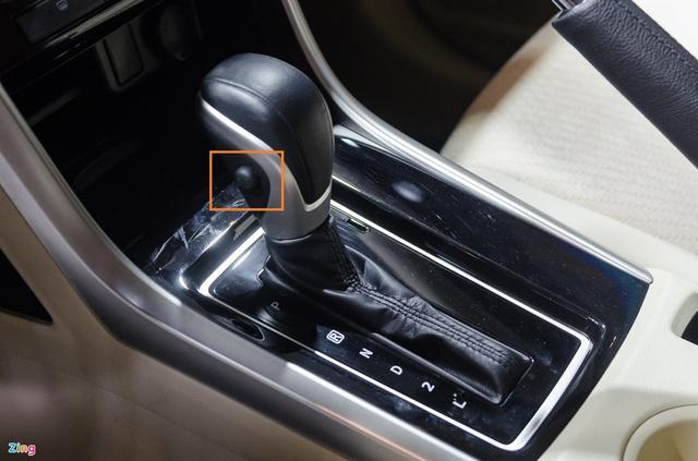 Những nút bấm trên ôtô ít người biết đến - Ảnh 2.