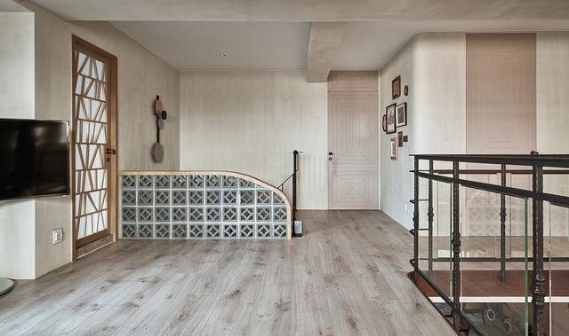 Ông bố KTS cải tạo căn hộ rộng thoáng để giúp 3 con thỏa sức vui chơi trong nhà - Ảnh 6.