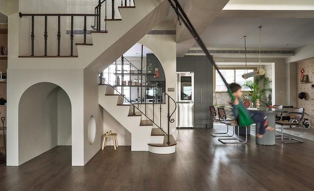 Ông bố KTS cải tạo căn hộ rộng thoáng để giúp 3 con thỏa sức vui chơi trong nhà - Ảnh 10.