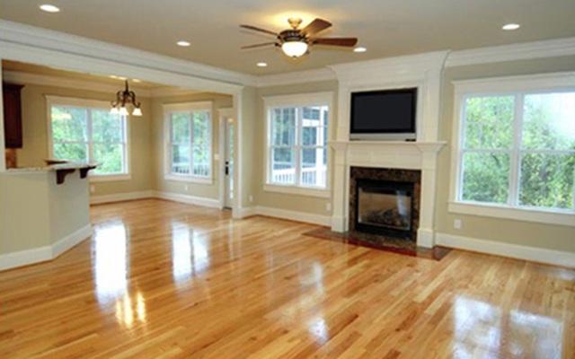 Ở nhà lâu ngày vì dịch, hãy tranh thủ làm bóng sàn gỗ nhà mình bằng cách cực hay với loại quả rẻ tiền luôn có sẵn trong nhà bếp - Ảnh 3.