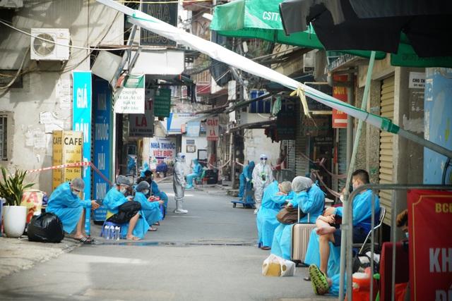 961،000 نفر به مناسبت روز ملی 2 سپتامبر واکسینه شدند ، هانوی سناریوی جدیدی را در برابر همه گیری بعد از 6 سپتامبر آماده کرده است - عکس 3.