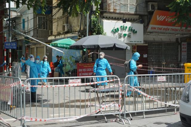 Từ ngày mai, Hà Nội áp dụng hàng loạt biện pháp chống dịch cao hơn mức bình thường - Ảnh 4.