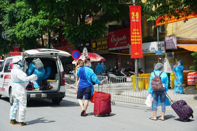 CDC Hà Nội: Sau 6/9, Thủ đô có thể giãn cách thêm ít nhất 7 ngày - Ảnh 2.