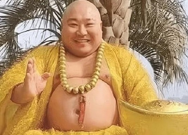 Kết cục không ngờ của người đàn ông có ngoại hình giống Phật Di Lặc - Ảnh 1.