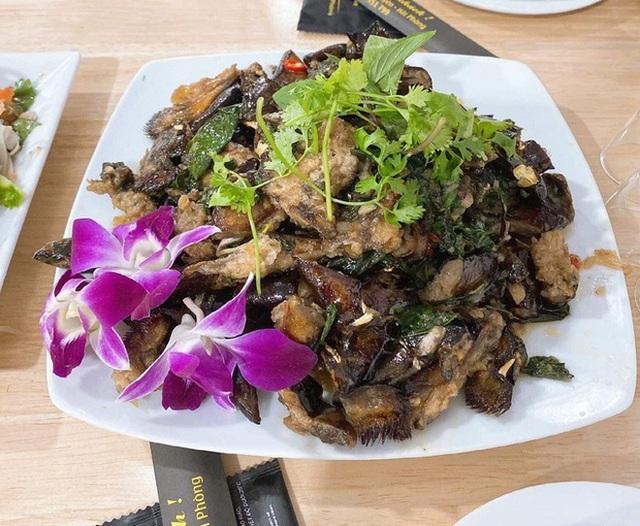 Bốn đặc sản Việt xấu hết phần thiên hạ, giá bạc triệu hút khách sành ăn - Ảnh 7.